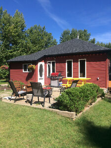Cozy Home in Hillcrest Mines (Crowsnest Pass)