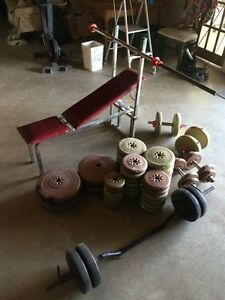 Weight lifting set, adjustable bench