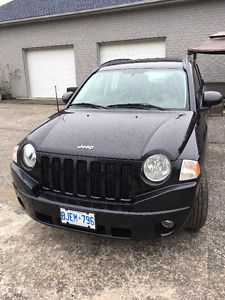 2009 Jeep Compass - Low KMs