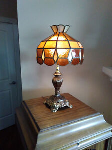 Tiffany Type Tri Light Table Lamp