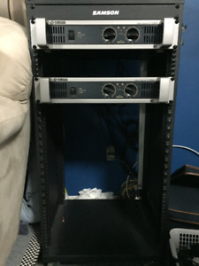 Yamaha P2500S Dual Channel Power Amplifier with Rolling Rack