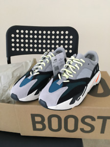 DS Yeezy Boost 700 Wave Runner (Size 11)