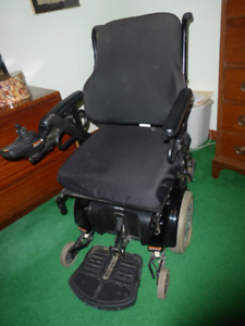 Power Wheel Chair, Jazzy 1122, Ready to Roll