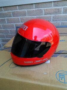USED SHOIE HELMET SIZE S WITH TINTED SHIELD Windsor Region Ontario image 2