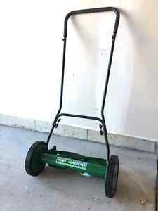 Push lawn mower for sale Cambridge Kitchener Area image 1