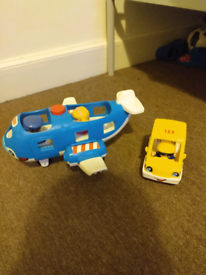 Fisher price little People, plane , taxi and figures