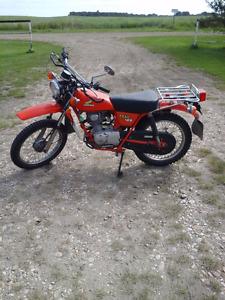 1977 Honda 125 Enduro Motorbike