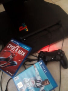 PS4 SLIM 1To (Pack:2manettes+FIFA19+SPIDERMAN)