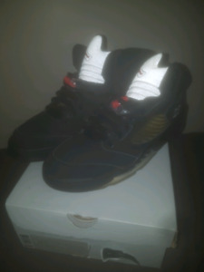 Air Jordan 5 size Metallic size 9.5