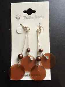 Crystal & Pearl, Silver Drop Pierced Earrings Kawartha Lakes Peterborough Area image 1