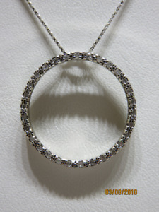 "10KT WHITE GOLD & DIAMOND PENDANT ""CIRCLE OF LOVE"""