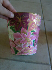 Brand new set of 2 pink floral painted metal planter pot London Ontario image 3