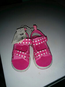 Toddler Size 7 Sandals NWT