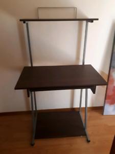 Free desk pick up in codrington