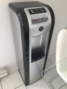 Distributrice à eau