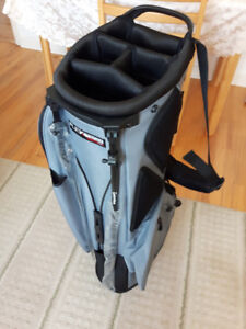 *New* Flex tech lite Taylor made golf bag with tag