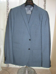 100% brand new two piece men's suit size 42