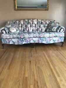 Floral couch Windsor Region Ontario image 1