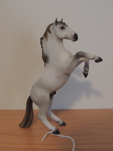 Retired Schleich Horse Mustang Stallion White