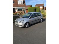 Ford Fiesta, 2009, LOW MILES, great first car