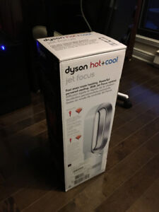 Dyson Hot + Cool Jet Focus with Warranty (STILL SEALED NEW)
