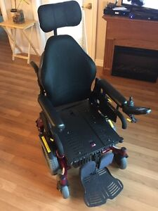 2015 Quickie Xperience Power Wheelchair with tilt Strathcona County Edmonton Area image 2