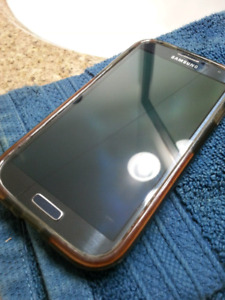 SAMSUNG GALAXY S4 16G w/cases and extra batteries