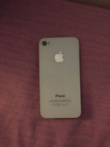 White iPhone 4s 16GB perfect condition London Ontario image 3
