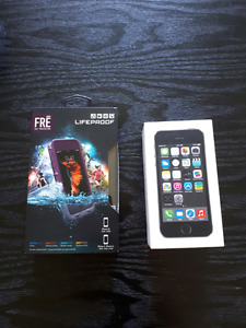 Iphone 5s with Lifeproof case