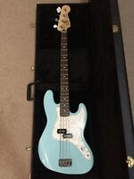Mark Hoppus Blink 182 Signature Fender P Bass package. REDUCED