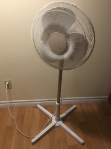 Excellent Condition Holmes Air Fan