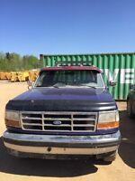 Ford F-150 mud/work truck