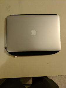 "MINT CONDITION 15"" Macbook Pro Mid 2014 Retina"