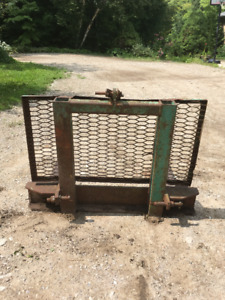 HEAVY DUTY TRACTOR 3 PT LIFT FORKS