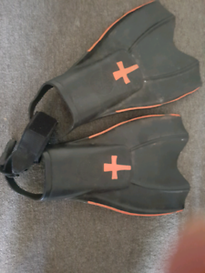 Flippers good condition