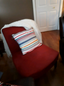 Faux suede chair, red and comfy