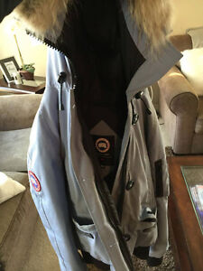 CANADA GOOSE FOR SALE (SPECIAL COLOUR)