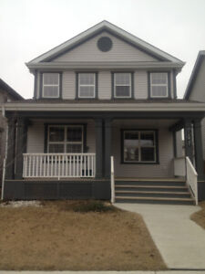 Beautiful Single House in Rutherford for Rent!