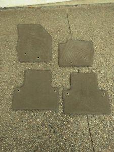 Volvo XC90 original floor mats - tan