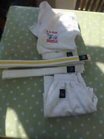 Childs takwando kit