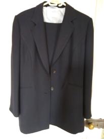 **AS NEW** Precis Petite trouser suit size 16