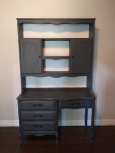 French Provincial Desk and Hutch