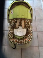 Graco Baby Car Seat & Carrier