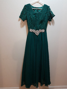 Prom Dress with Sleeves (Brand New - Never Used)