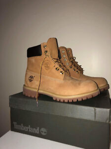 Timberland waterproof boots men size 9