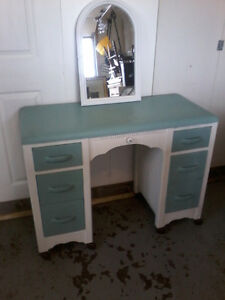 HAVE FOR SALE A CHALK PAINTED VANITY @$110.00/HAS/MIRROR/PICTURE