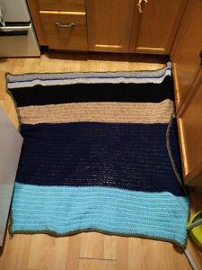 wool handmade blanket London Ontario image 1