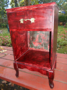 Good condition wood side table