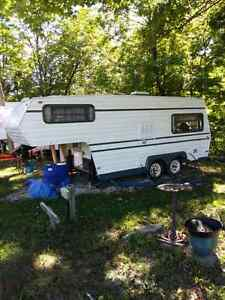 85 Travelaire 5th wheel for sale $2500 obo