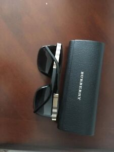Brand New Authentic Men's  Burberry $300 with case & receipt
